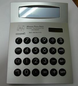 Calculatrice avec le logo du magasin, du commerce.