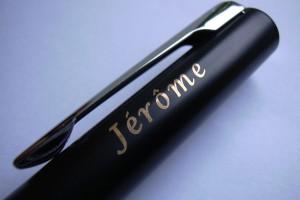 Exemple d'un prénom sur un stylo Watermann.