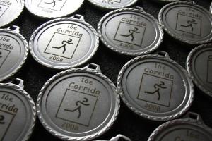 Gravure Laser sur des médailles pour une corrida / course à pied.